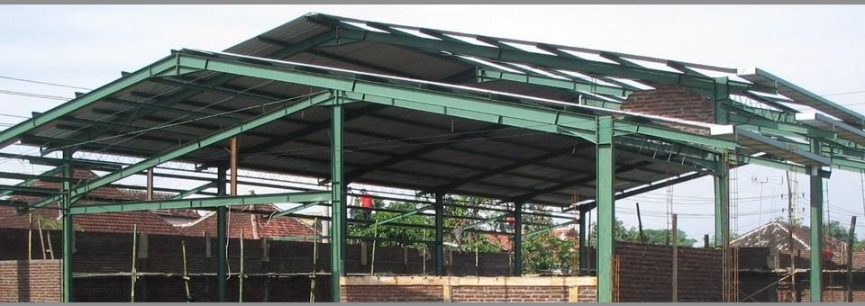 Konstruksi Lapangan